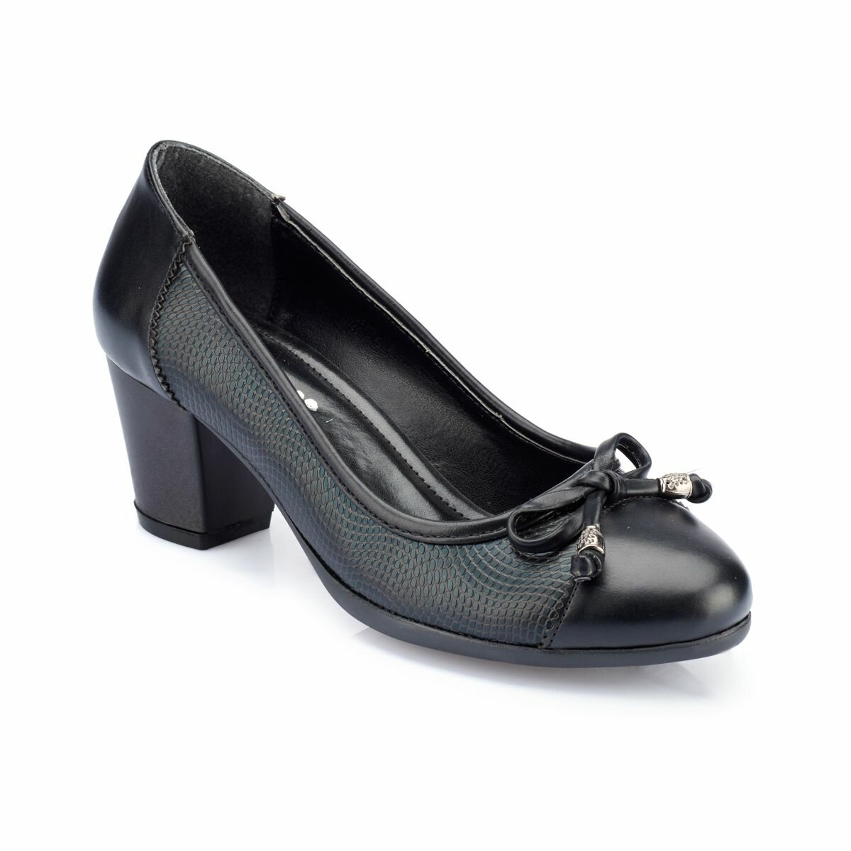 FLO 82.312088.Z Black Women Gova Shoes Polaris