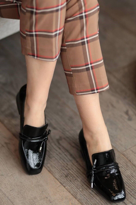 katrina-siyah-rugan-topuklu-ayakkabi-kis-a60d