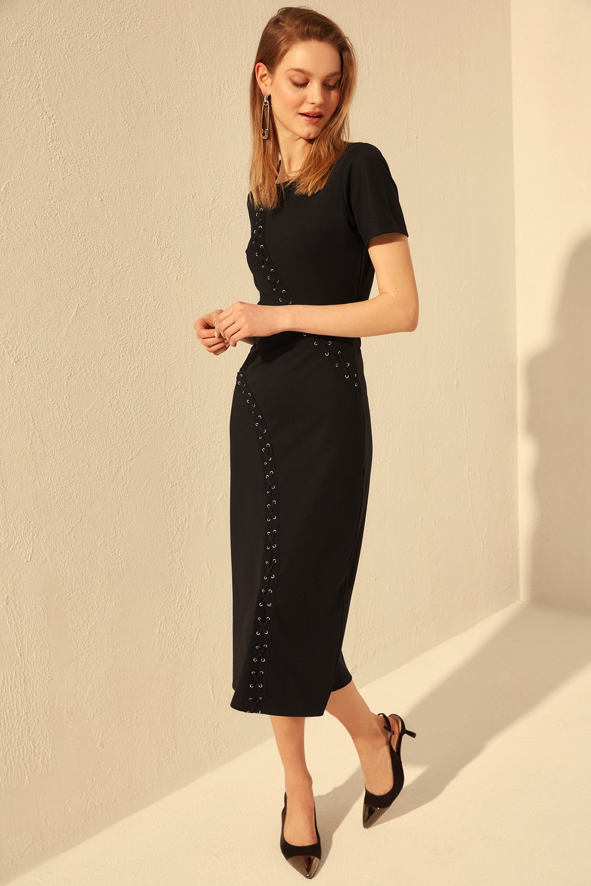 Trendyol Eyelet Detailed Knit Dress TWOSS20EL0837