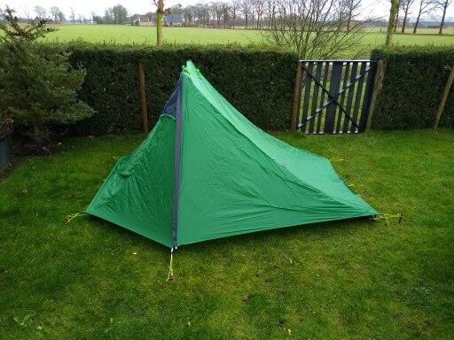 -- Pessoa Camping Barraca