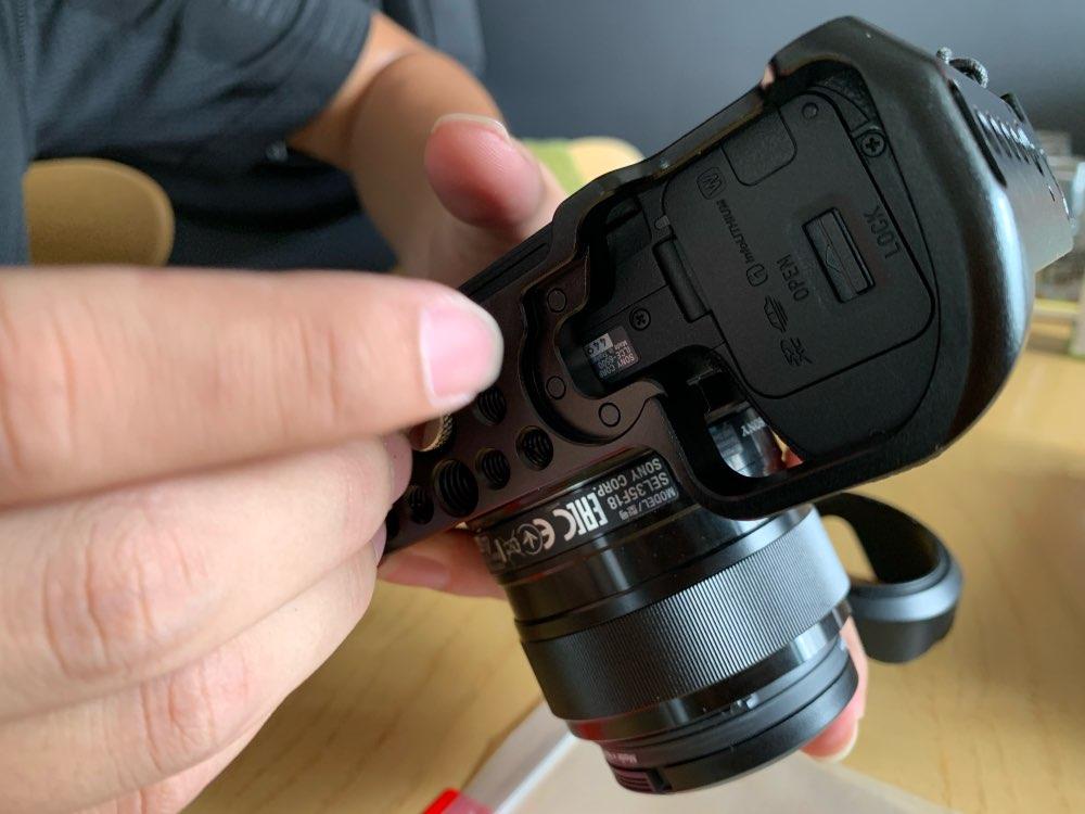 SmallRig A6400 Camera Cage for Sony Alpha A6300 / A6400 / A6500 / A6100 Camera w/ 1/4 3/8 Thread Holes for Vlog DIY Option 2310