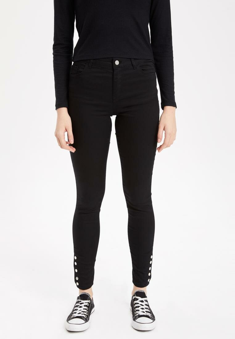 DeFacto Black Lady Solid Skinny Jeans Denim Casual High-waist Denim Stretch Simple Pencil Trousers-K6569AZ19SP-K6569AZ19SP