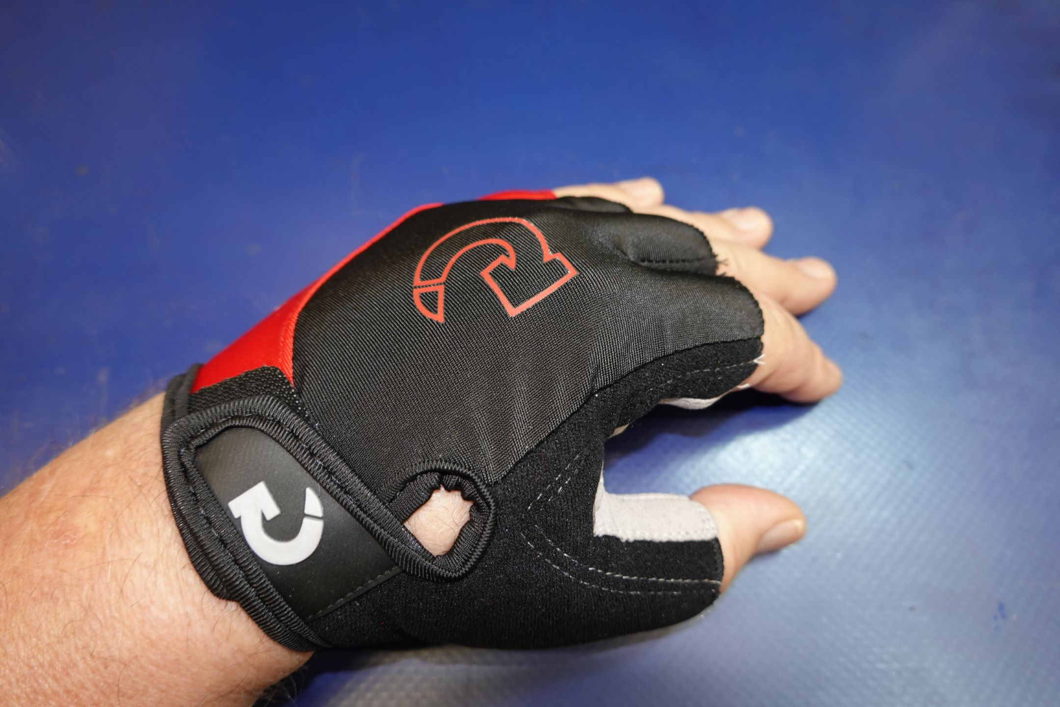 Unisex Cycling Half Finger Gloves photo review