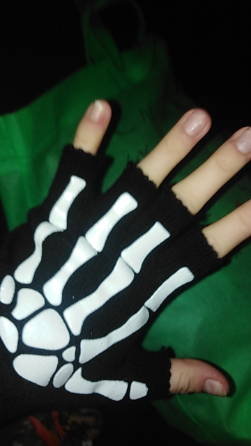 Knitting Half Finger Glove with Skeleton photo review