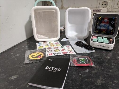Divoom Ditoo rétro Pixel art Bluetooth Portable haut-parleur réveil