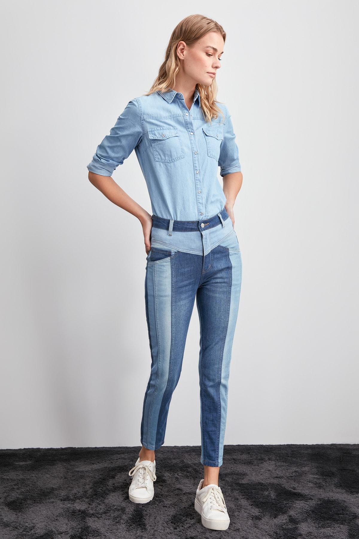 Trendyol With Color Block High Waist Slim Fit Jeans TWOAW20JE0159