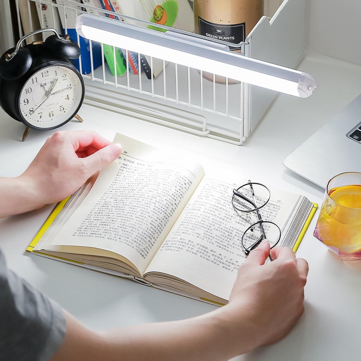 Manyetik LED masa lambası LED gece lambası şarj edilebilir kademesiz karartma dolap ışığı gece lambası dolap dolap yatak odası dekoru
