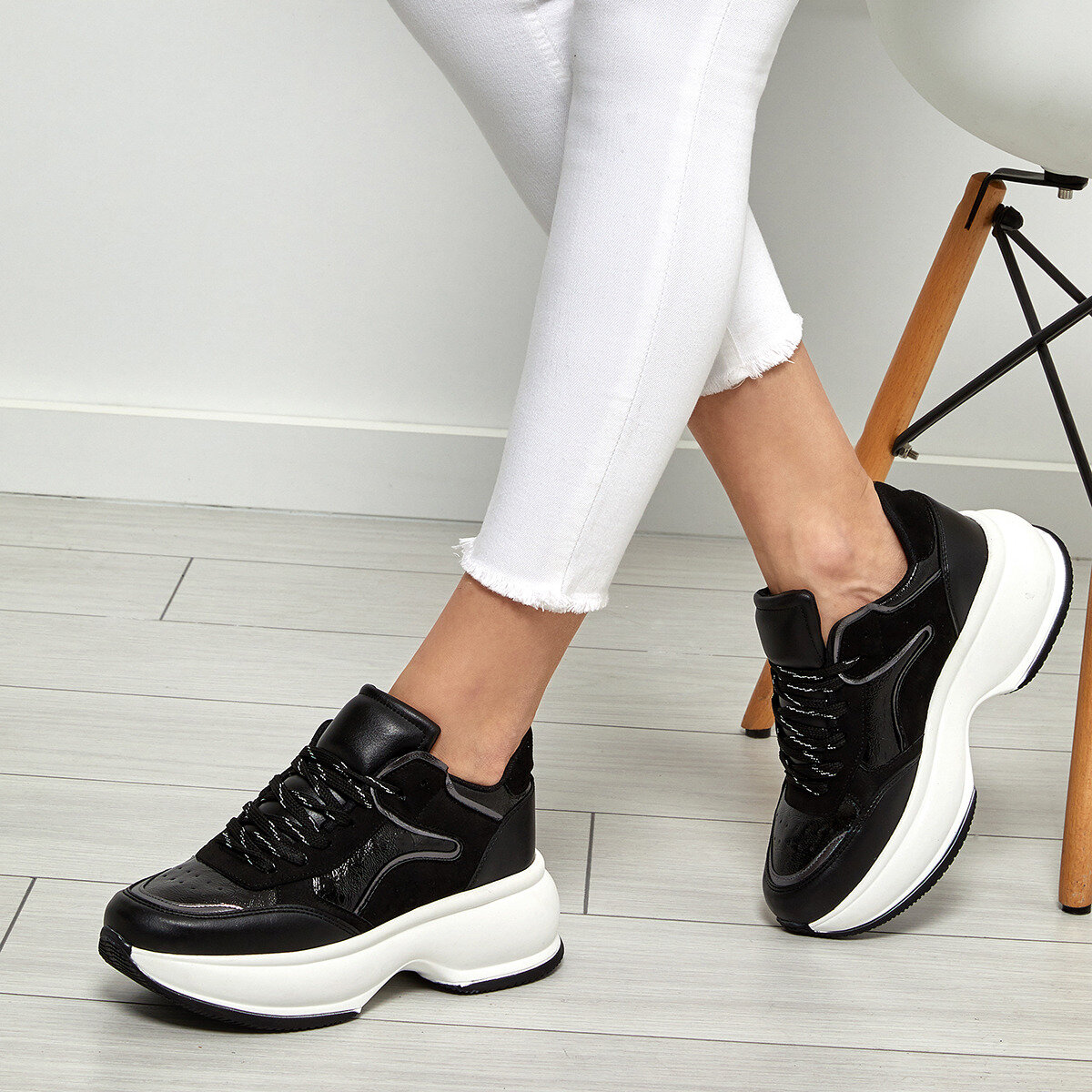 FLO Women Sneakers Black White Gray Color Women's Fashion Comfortable Lifestyle Sport Heeled Sneaker Shoes Кроссовки женские 19SF-2061 BUTIGO