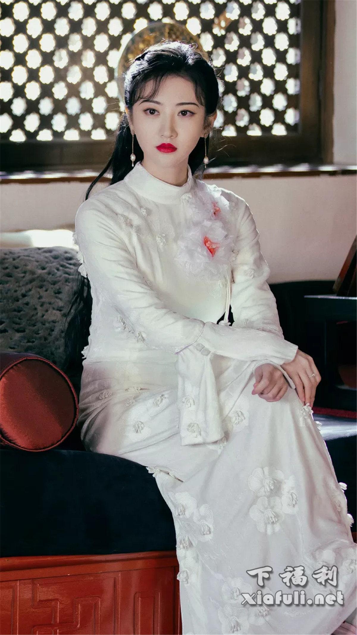 当娱乐圈女星穿上旗袍,你觉得谁最好看 ?插图4