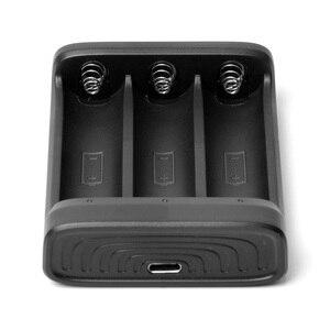 Image 5 - ZHIYUN cargador de batería oficial 18650, 3 ranuras para batería 18650 para grúa 2, estabilizador de mano, cardán, Color negro