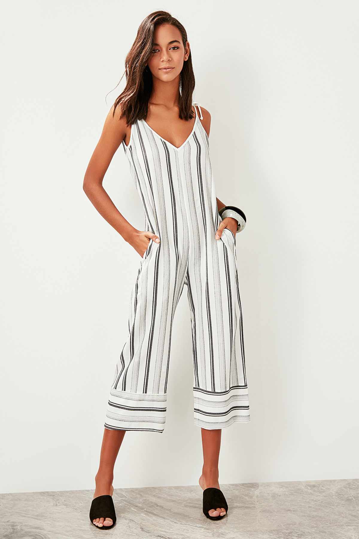 Trendyol Midi Length Striped Jumpsuit TBESS19WR0020