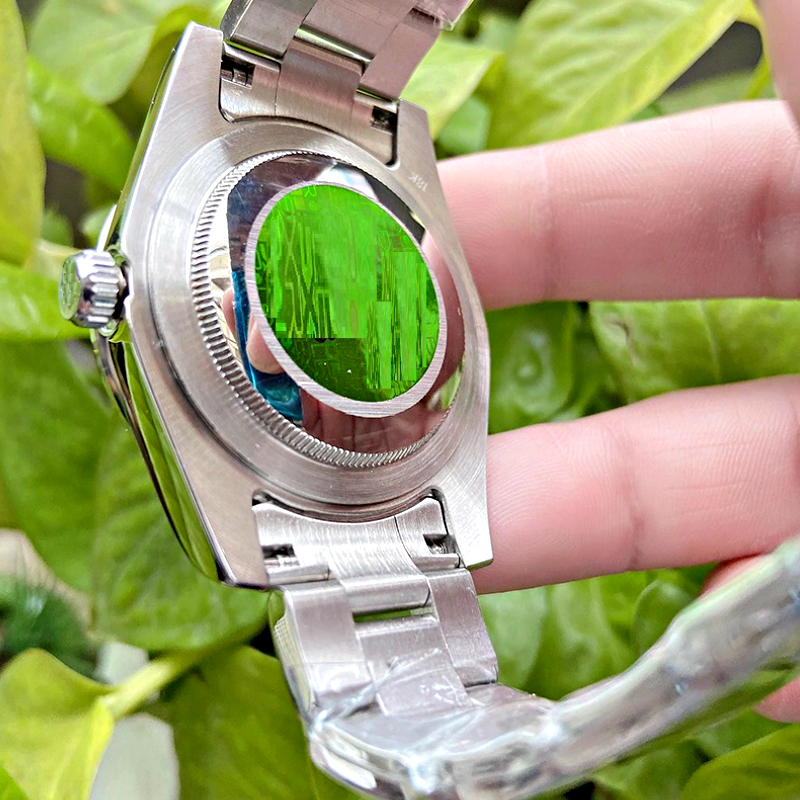 Automatic Movement Luxury Brand Watch 40mm Sapphire Glass Fashionable Customized Design Watchs Self Wind 200m Waterproof Watch