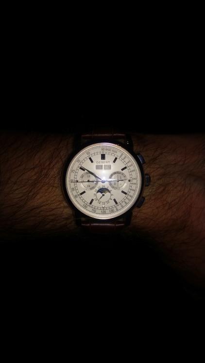 -- Branco Semana Relógio