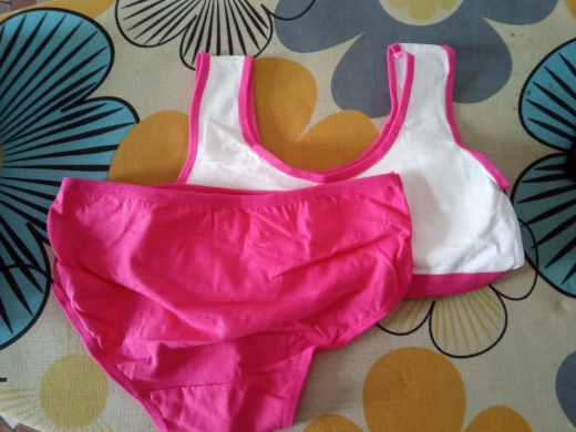 2019 Puberty Students Bra Vest Brassiere Panties Teenagers Girls Lingerie Cotton Underwear Sets Kids Young Girls Training Bras photo review