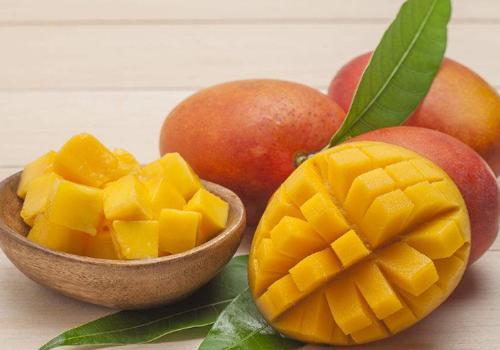芒果和鲫鱼可以一同食用吗效果如何-养生法典