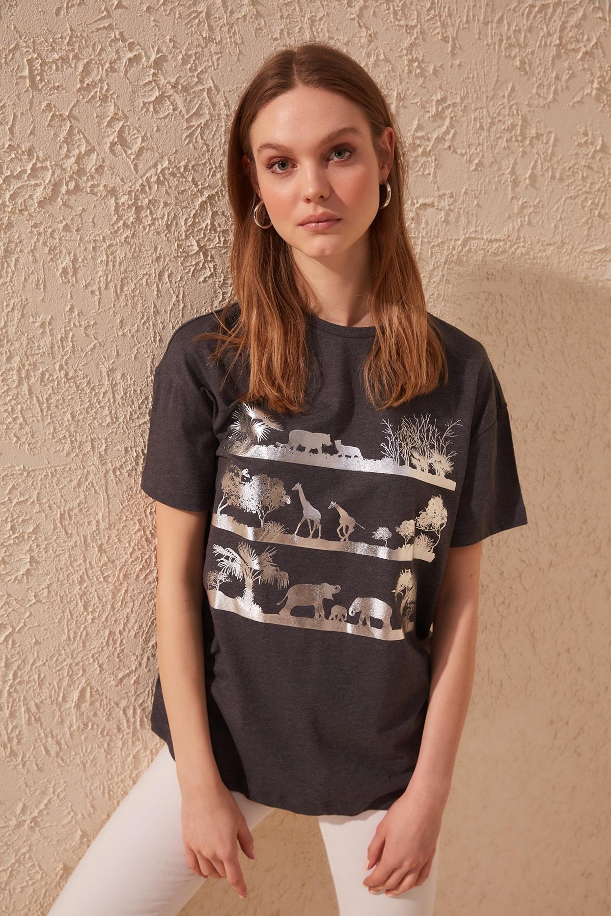 Trendyol Foil Printed Boyfriend Knitted T-Shirt TWOSS20TS0499