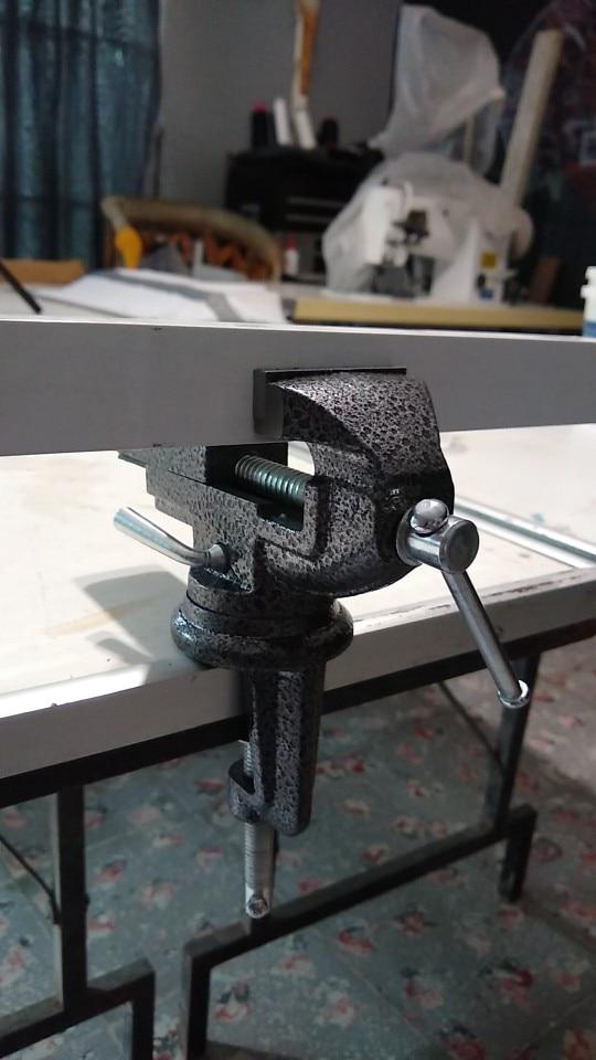 -- Braçadeira Desktop Aço-carbono