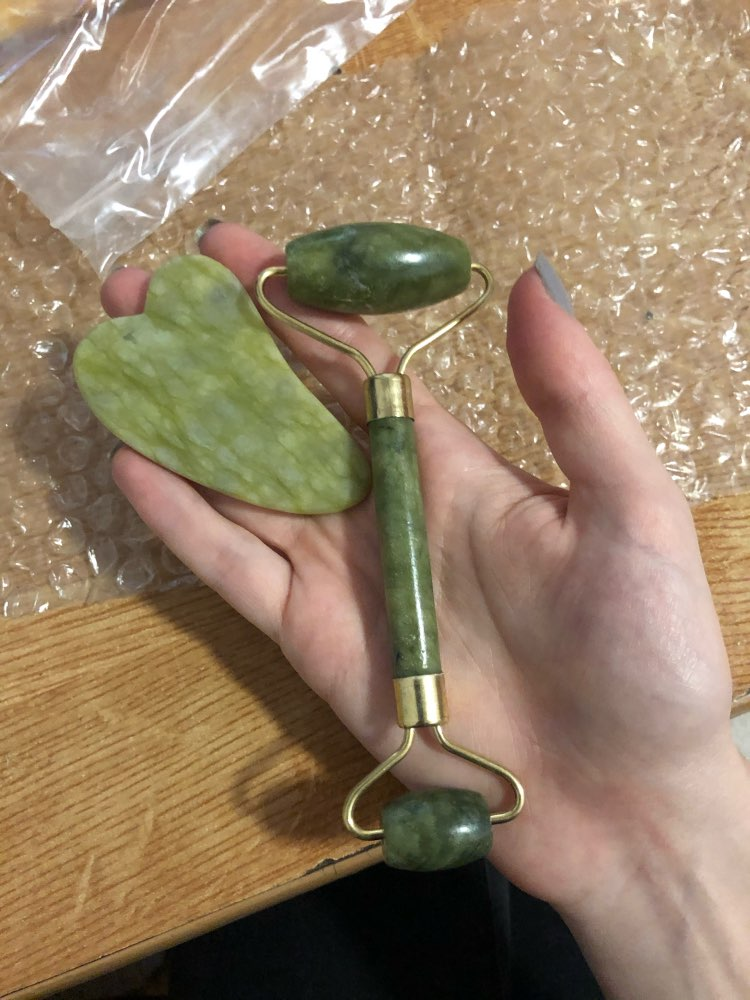 Jade Stone Roller photo review
