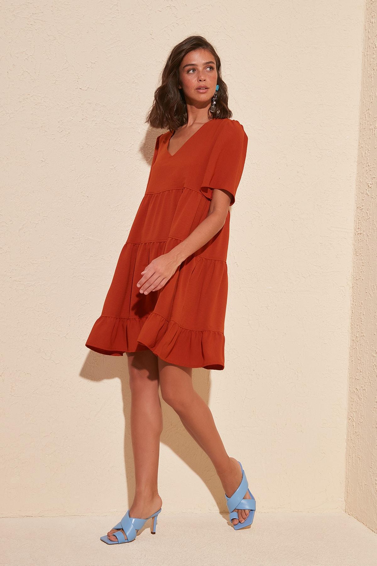Trendyol Wide Cut Dress TWOSS20EL0400