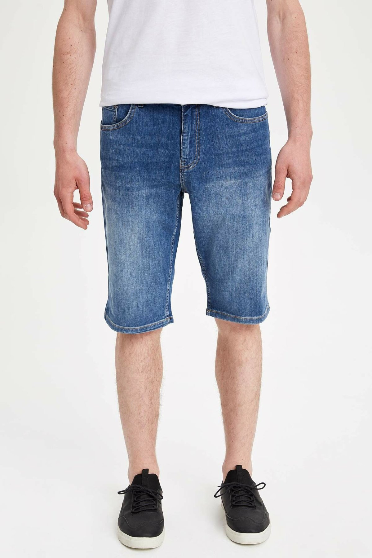 DeFacto Man Summer Blue Denim Shorts Men Washed Soft Denim Bottoms Shorts Male Denim Bermuda-L0189AZ19SM