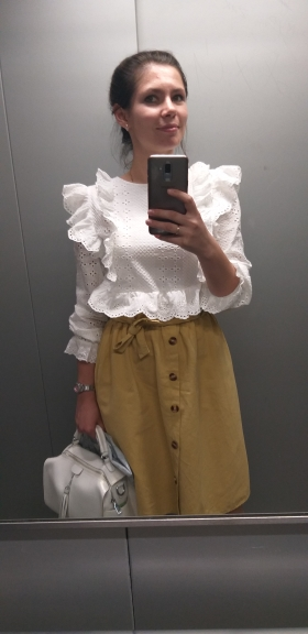 White Ruffle Trim Embroidered Eyelet Top Flounce Sleeve Lace Blouse Women Spring Solid Scallop Front Boho Elegant Blouses photo review