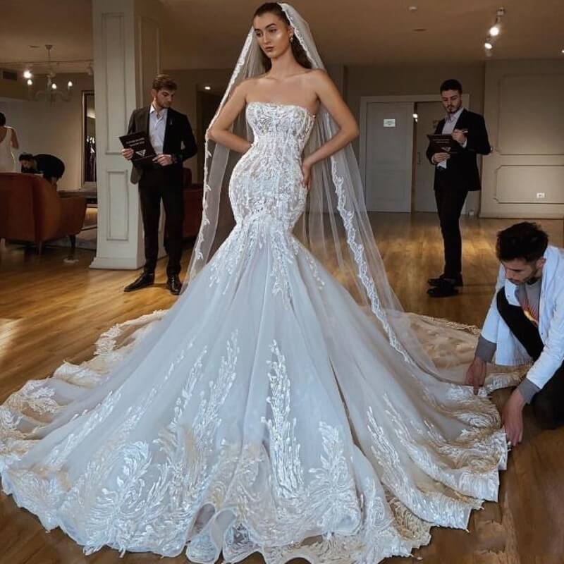 Robe De Mariee 2019 Dubai Bridal Mermaid Wedding Dress Gorgeous Lace Strapless Bridal Dress Lebanon Wedding Gowns