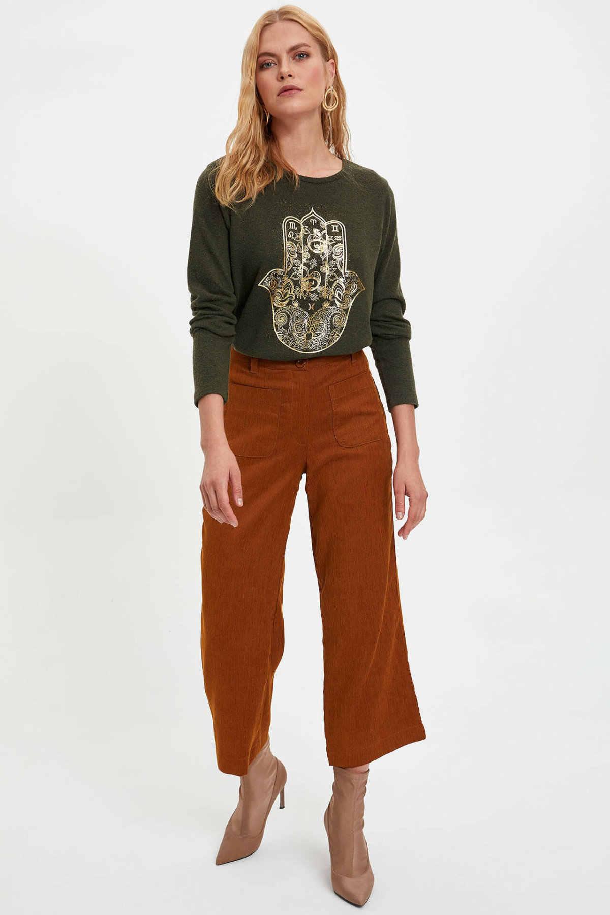 DeFacto sonbahar kadın moda o-boyun örme üstleri kadın uzun kollu karikatür desen bol tişört bayan giyim-M5427AZ19WN