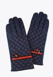 Lola CASADEMUNT Gloves Women Padded