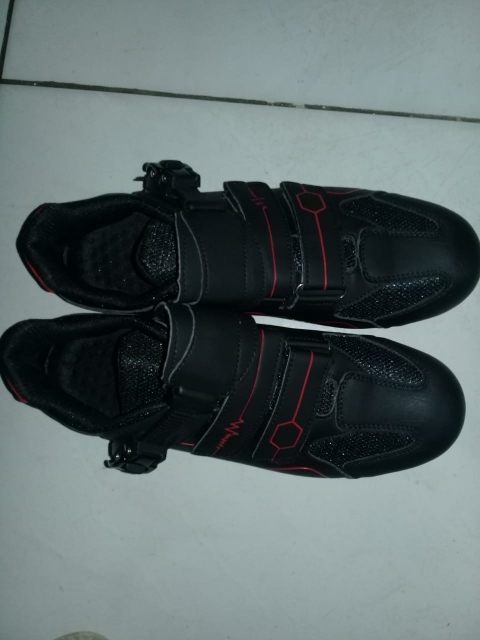 -- Sapatos Ciclismo Estrada