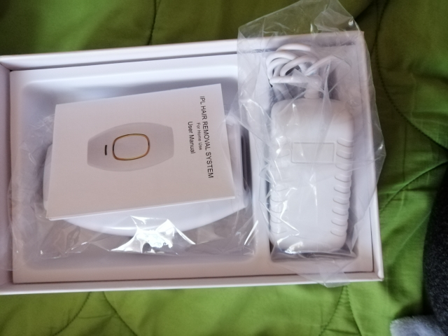 Laser Hair Remover (500,000 Flashes Per Pulse) photo review
