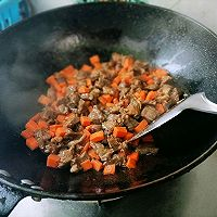 牛肉炒饭的做法图解5