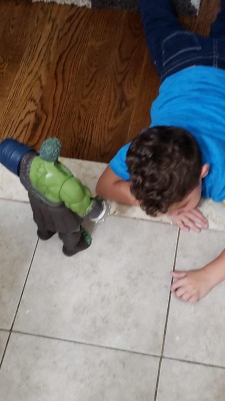 Figuras de ação Avengers Superhero Móveis