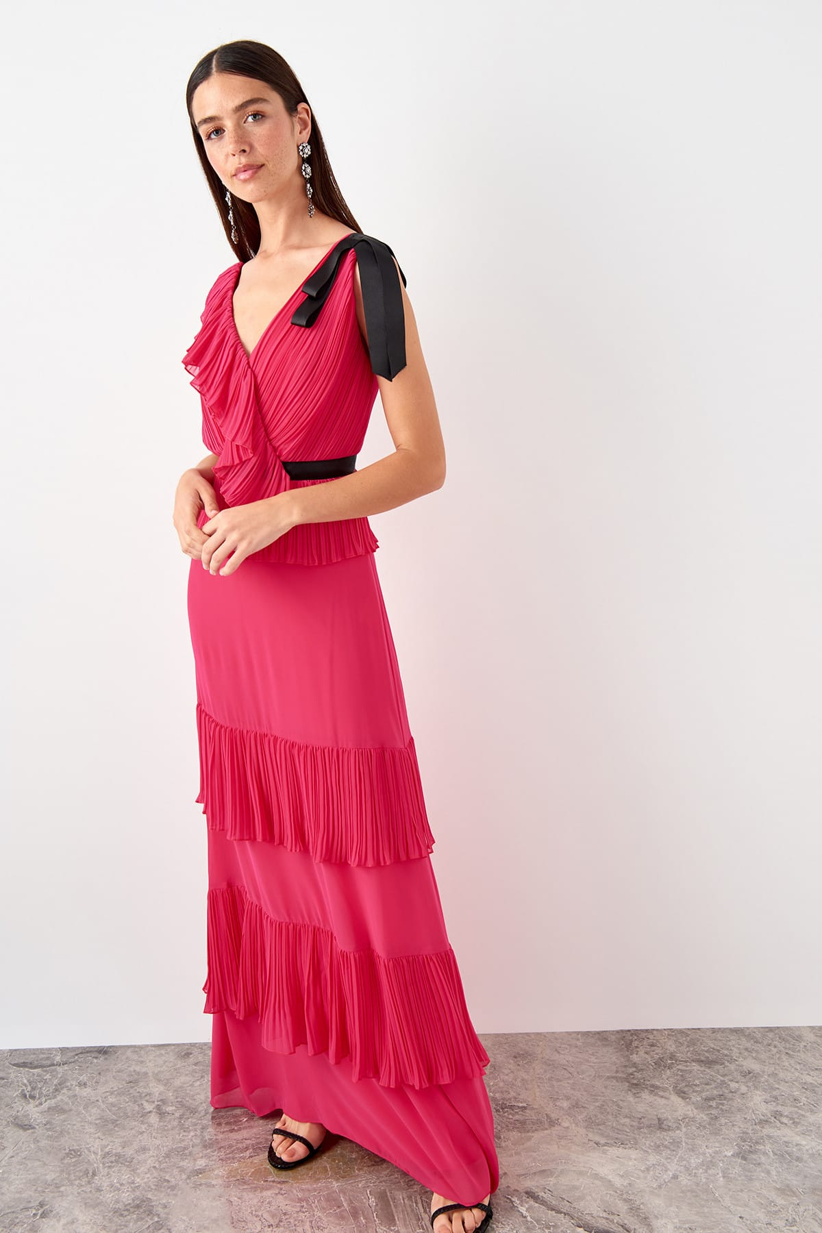 Trendyol Ruffle Detail Evening Dress TPRSS19AE0051