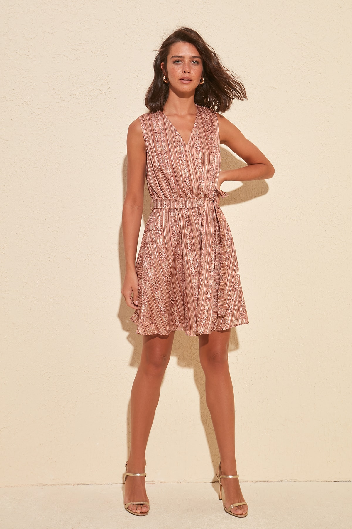 Trendyol Belted Silvery Dress TWOSS20EL0976