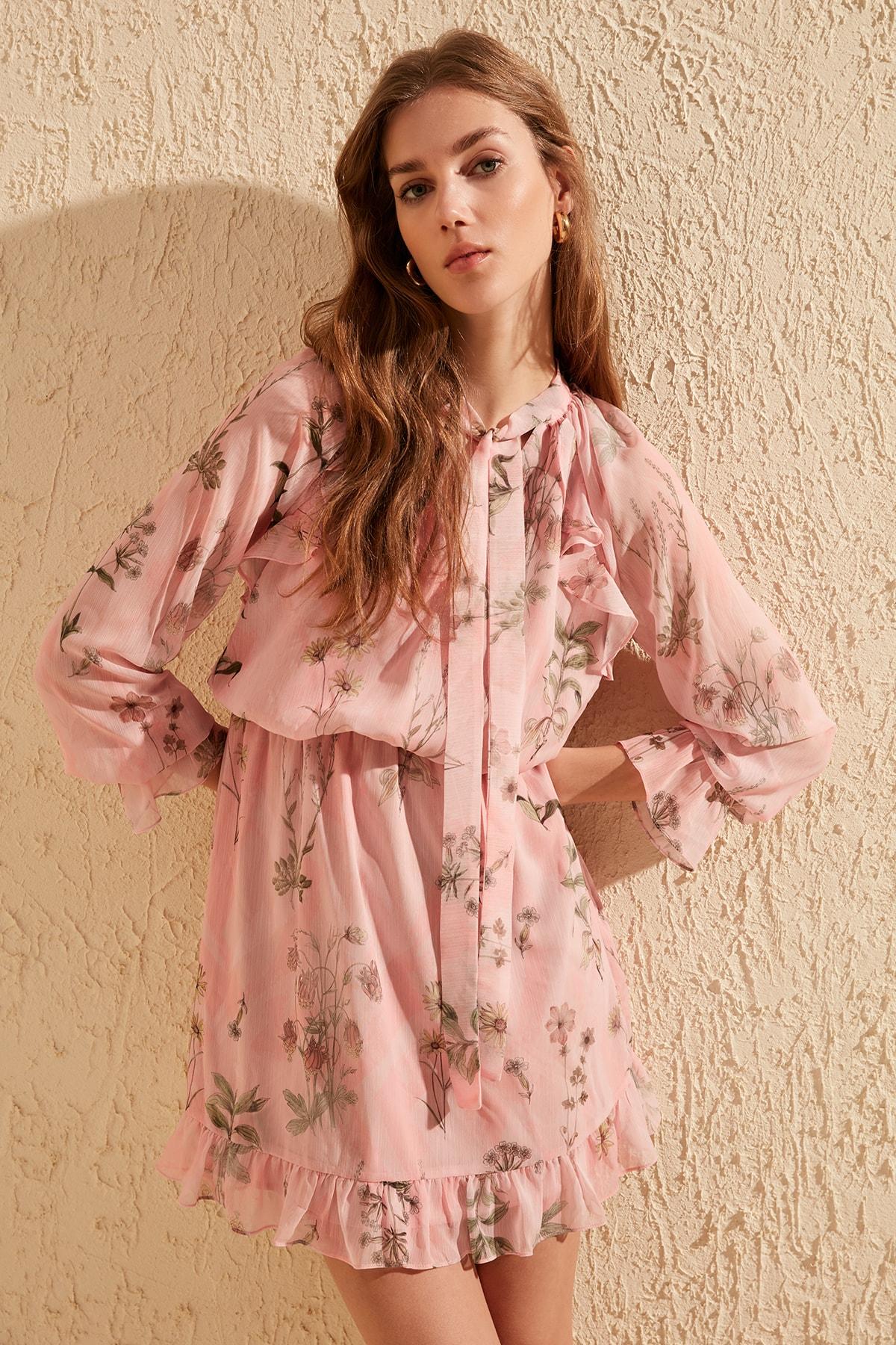 Trendyol Frilly Dress TWOSS20EL0900