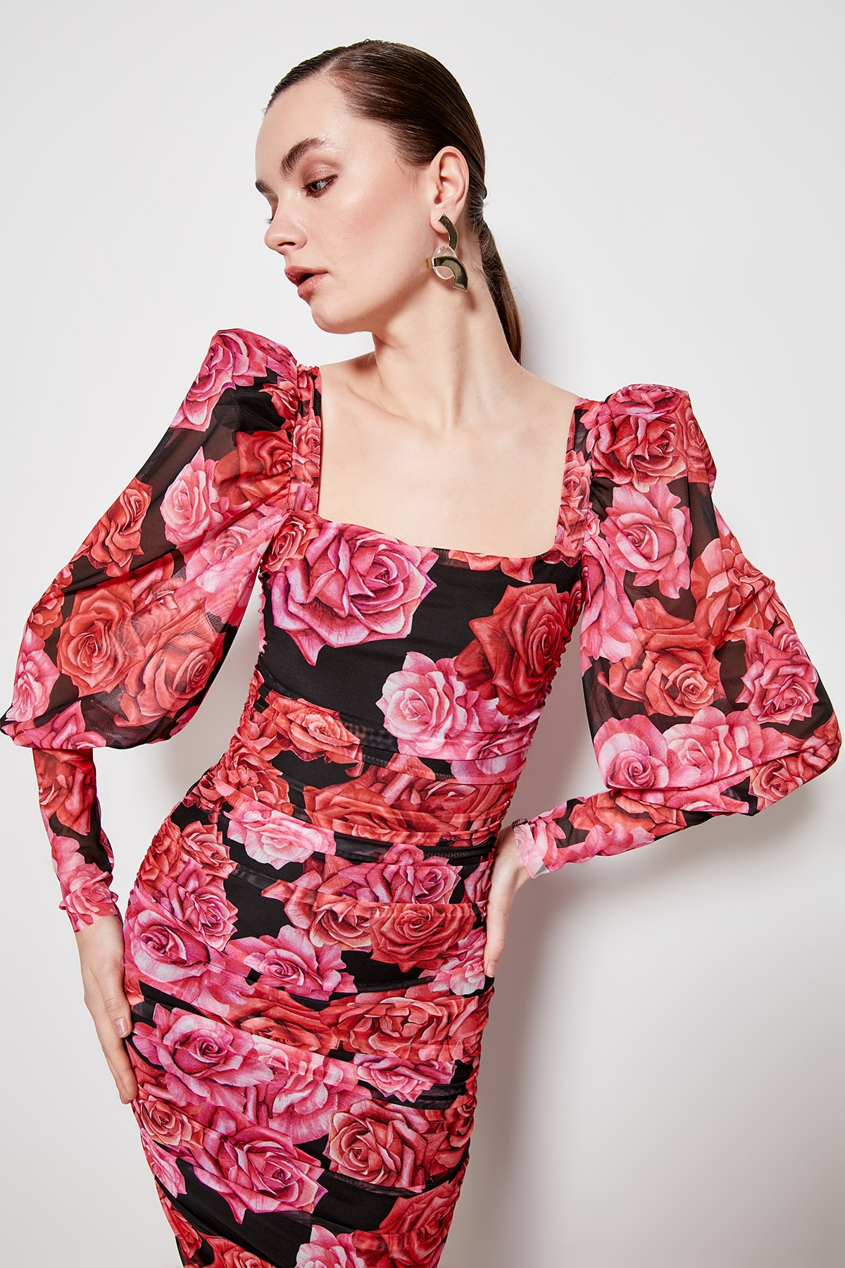 Trendyol Flower Decorated Dress TPRSS20EL0362