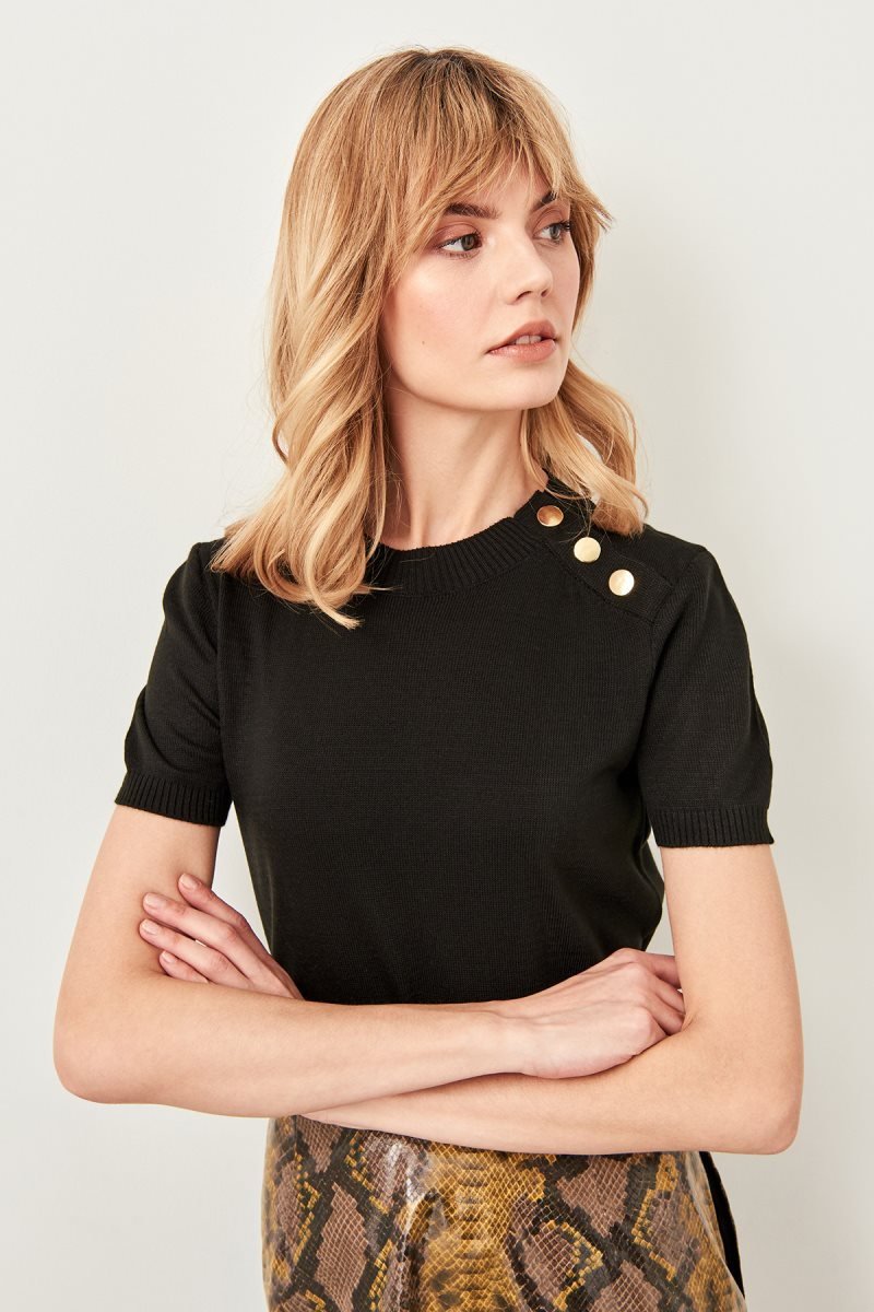 Trendyol Black Button Knitwear Sweater TWOSS19IS0039