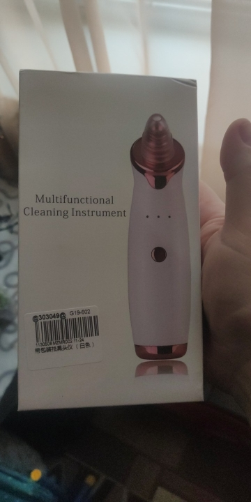 Blackhead and Acne Vacuum Remover (Face and Nose Cleaner) photo review