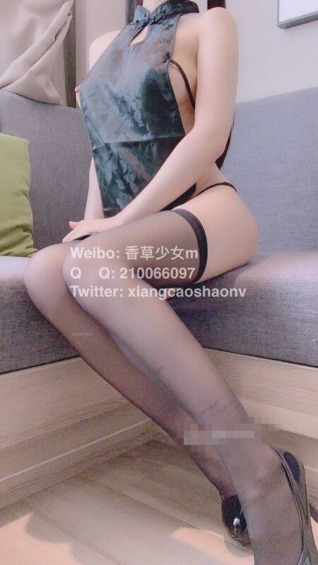 香草少女M - 旗袍黑丝过膝袜[55P+1V/1.15G]