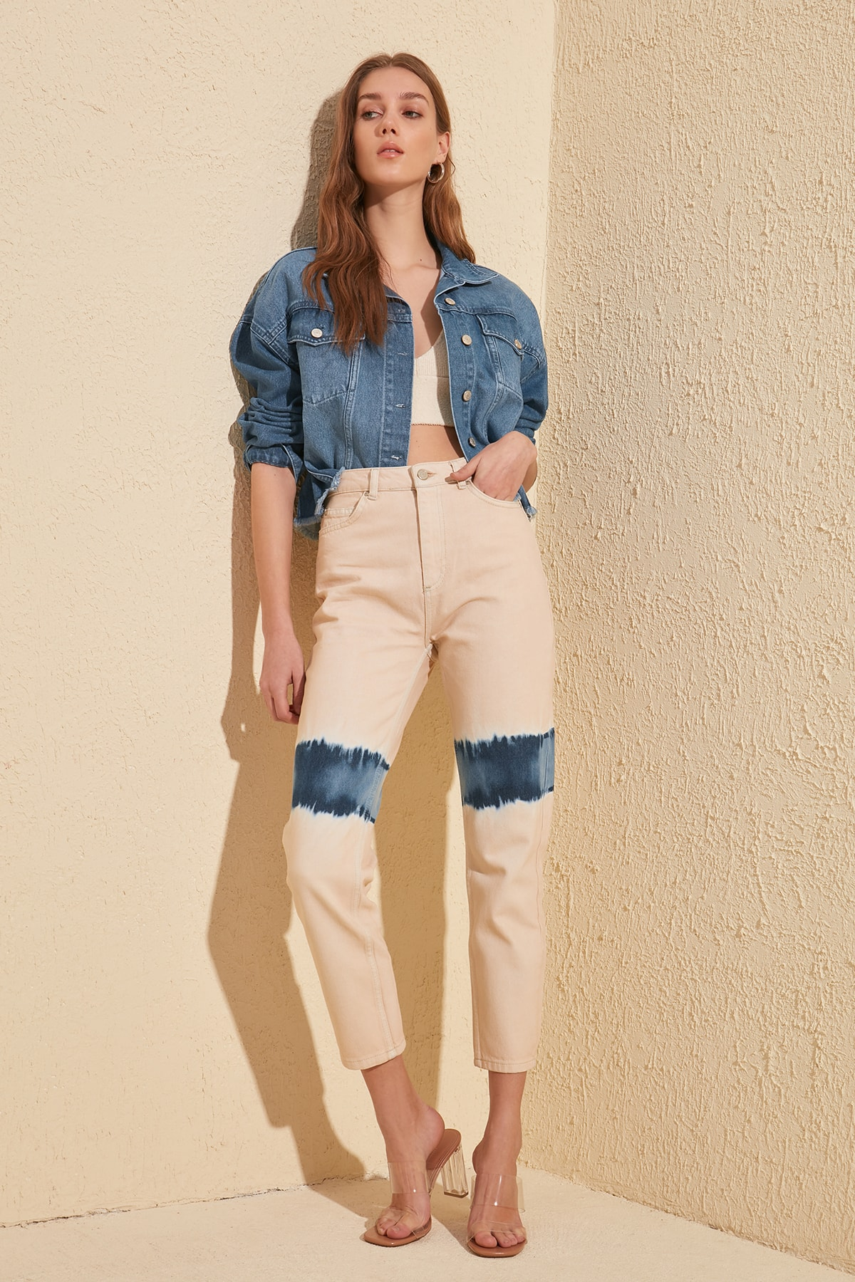 Trendyol Blue Wash Effect High Bel Mom Jeans TWOSS20JE0075