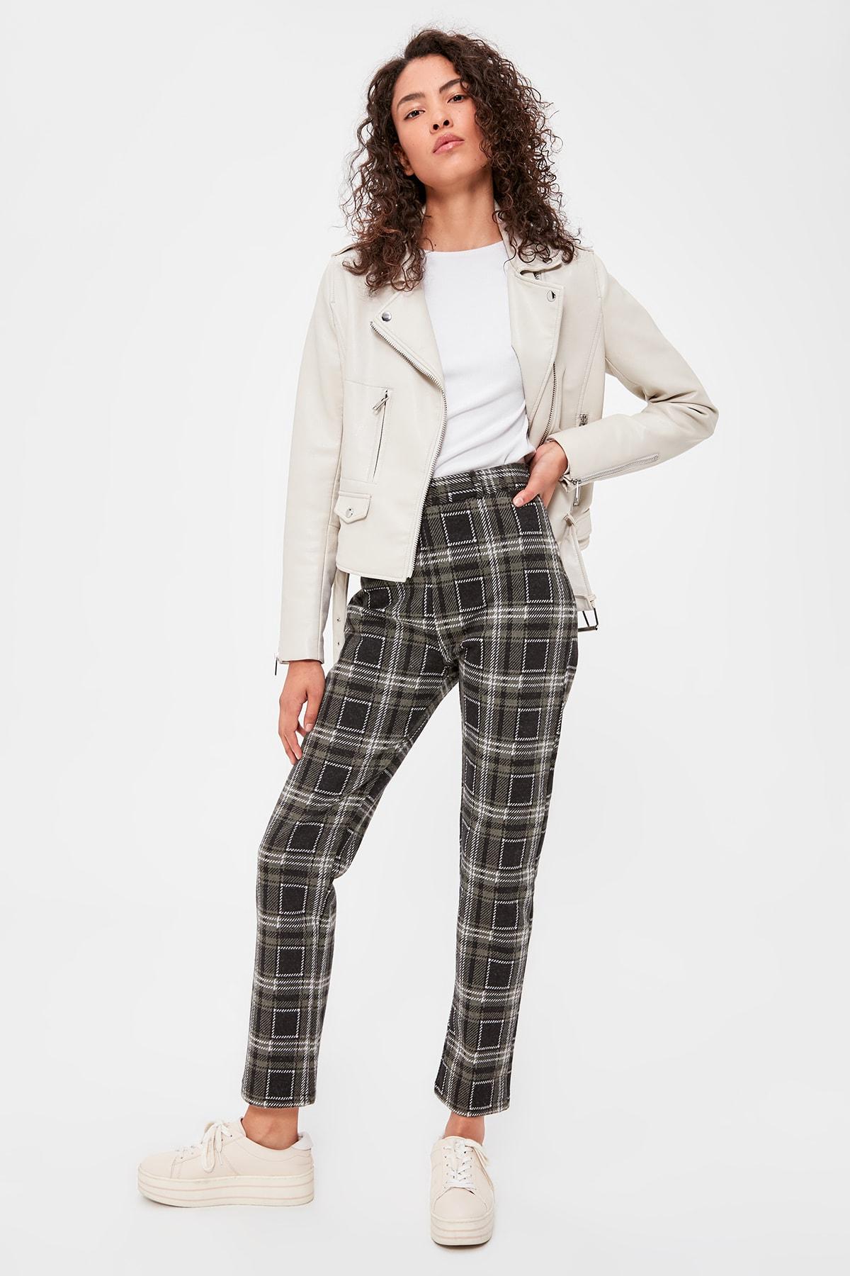 Trendyol Plaid Knitting Pants TWOAW20PL0255