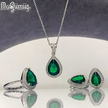 Emerald green Quartz Special Design Elegant Silver Set Suit