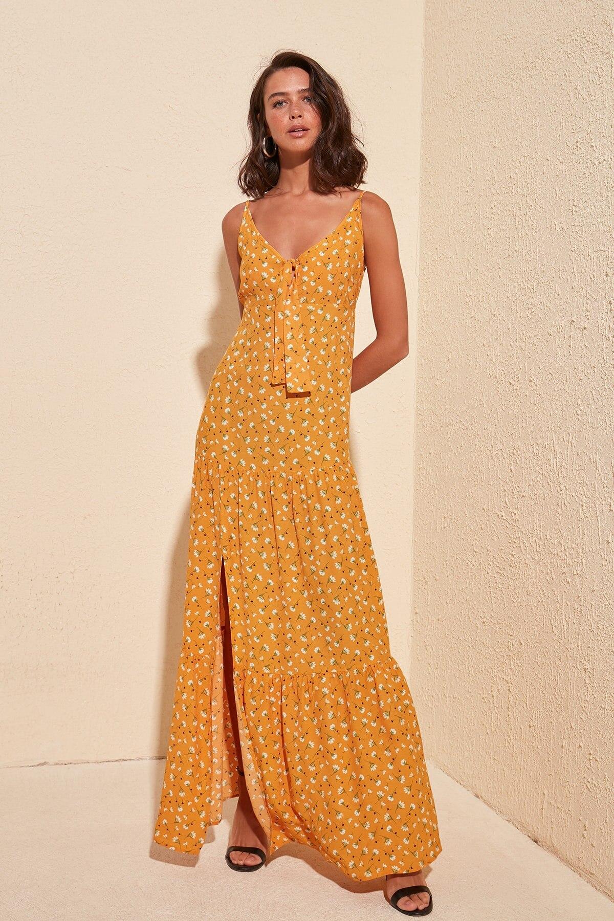 Trendyol Floral Strap Dress TWOSS20EL2426
