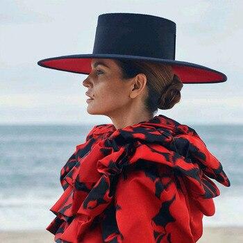 קלאסי יוניסקס רחב ברים אחוי שני טון צמר פדורה חורף חם רחב שוליים כובעי נשים אדום שחור גבירותיי כנסיית דרבי שמלת כובע