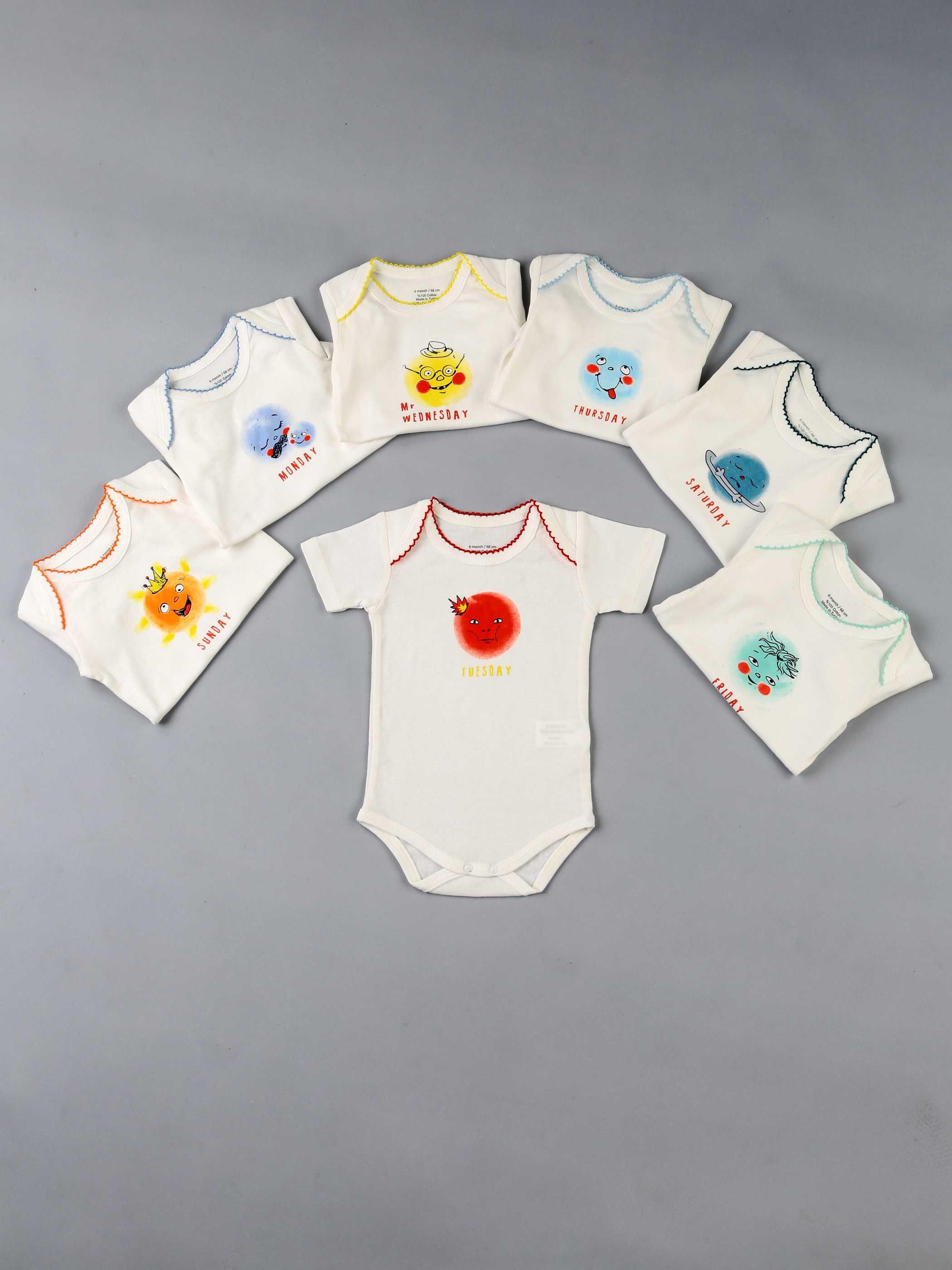 Baby Clothes 7 Pcs/lots Unisex Newborn Boy & Girl Rompers 7 Days Of Week Spesial Cotton Bady Short Sleeve Baby Clothing