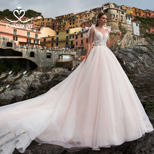 Image 1 - Romantik tül gelinlik Swanskirt Boho boncuklu aplikler A Line mahkemesi tren prenses gelin kıyafeti Vestido de noiva UZ34