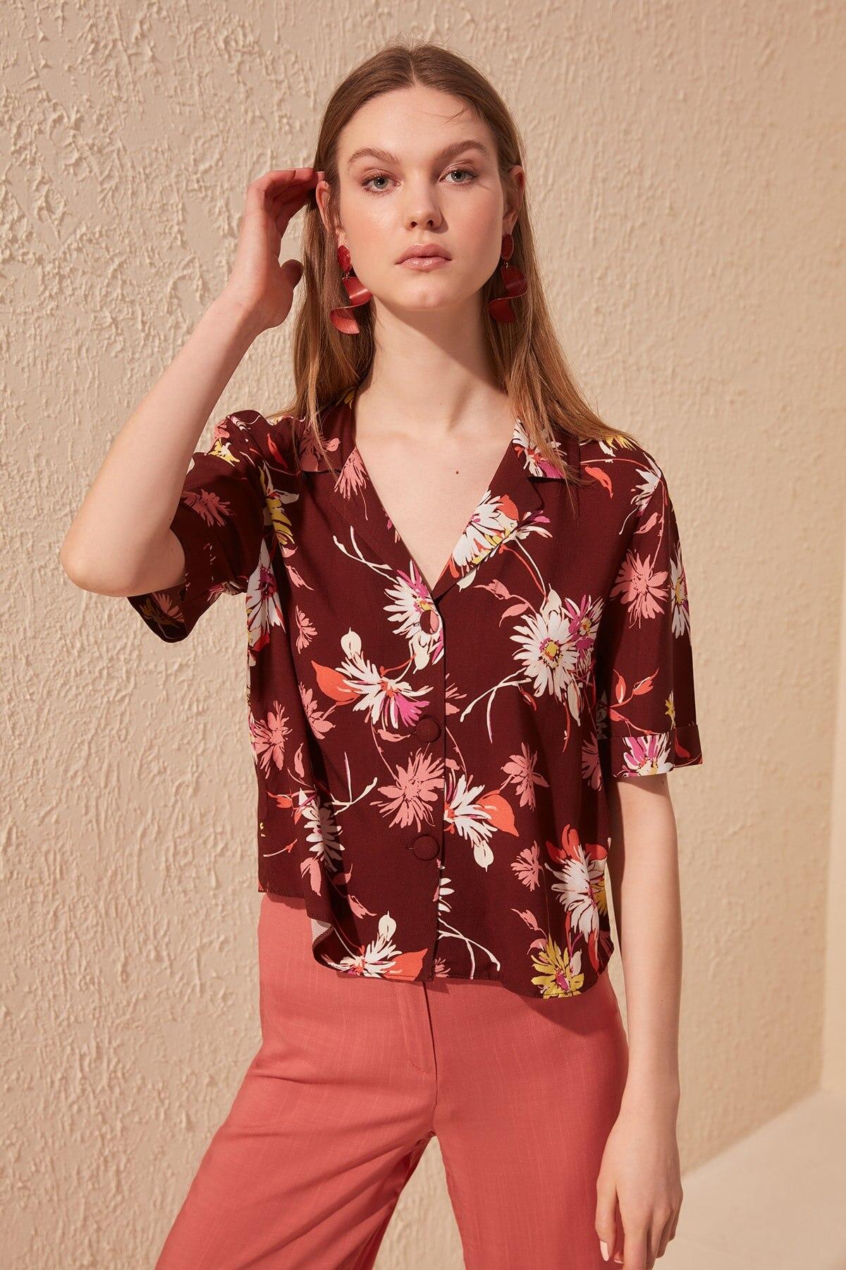 Trendyol Flower Print Oversize Shirt TWOSS20GO0328
