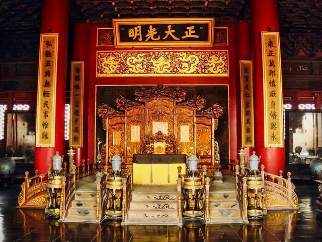 """清朝皇帝的""""秘密""""立储制度是什么?清朝十二帝仅道光、咸丰两帝是""""秘密立储"""""""