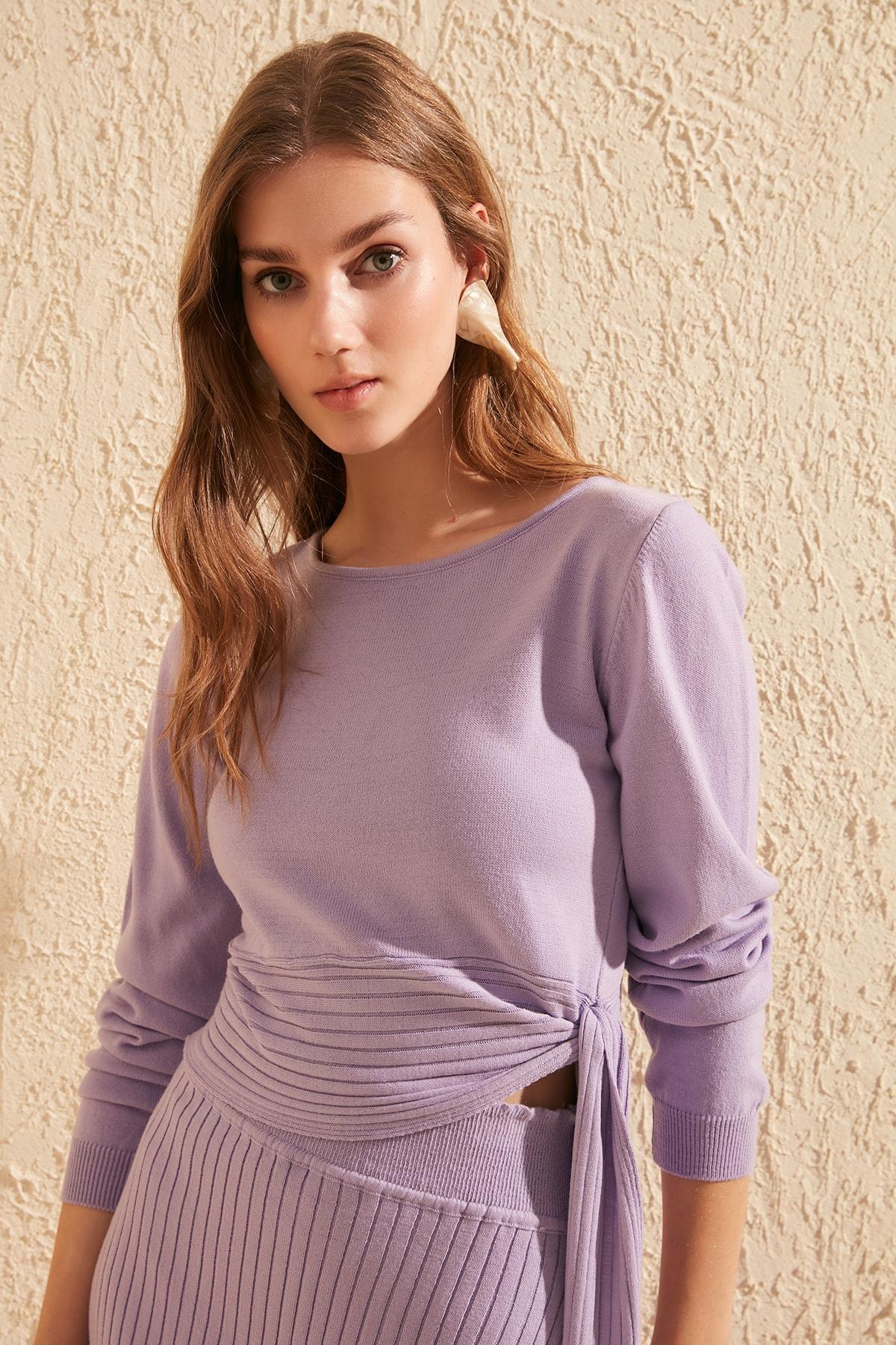 Trendyol Lacing Detailed Knitwear Sweater TWOSS20KZ0015