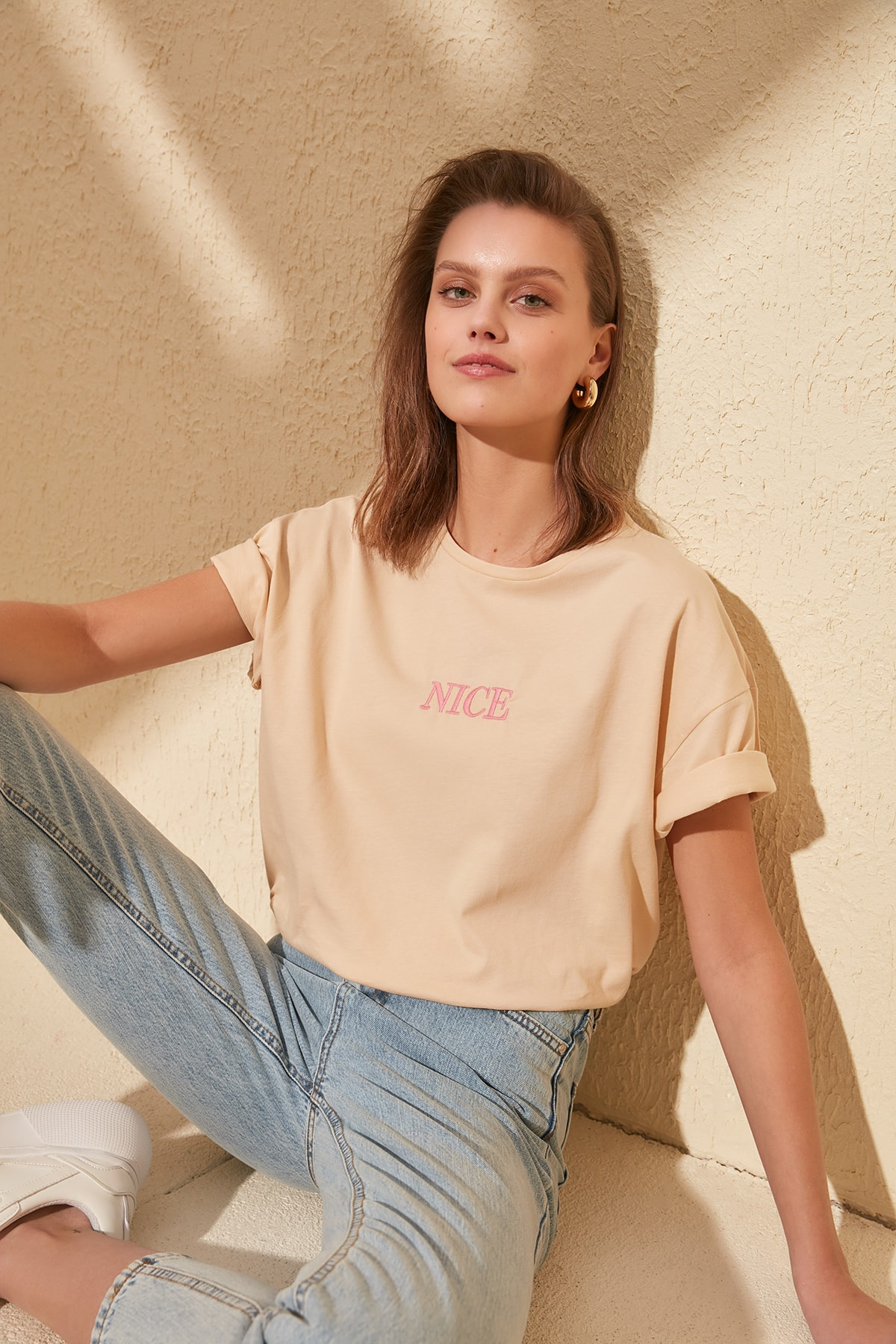 Trendyol Embroidery Detail Knitting Boyfriend T-Shirt TWOSS20TS0228